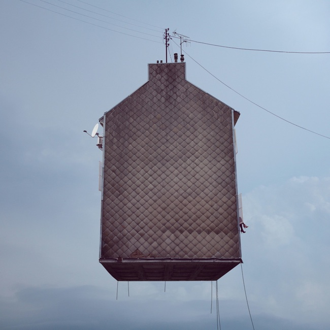 FLYING HOUSE-laurentchehere.com-7